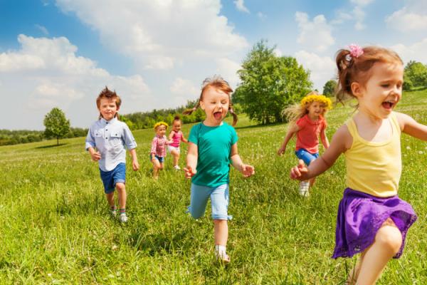 فواید سفر برای کودکان